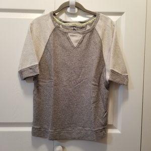 Calvin Klein W/small pullover short sleeves top